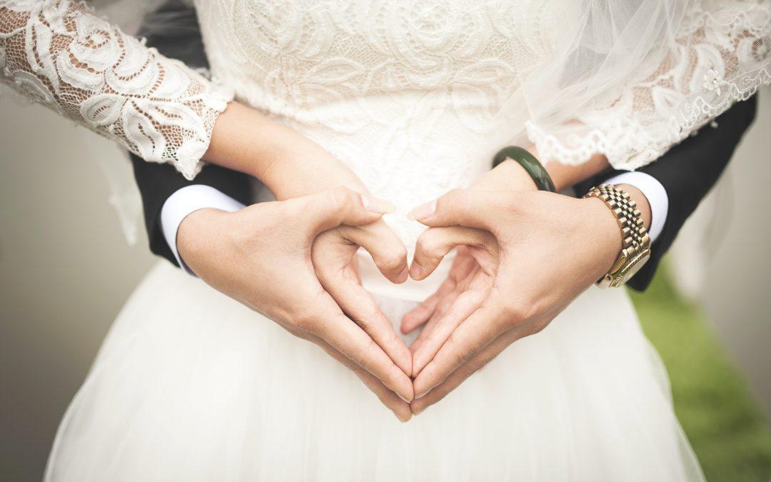 Braut und Bäutigam leben eine gute Beziehung